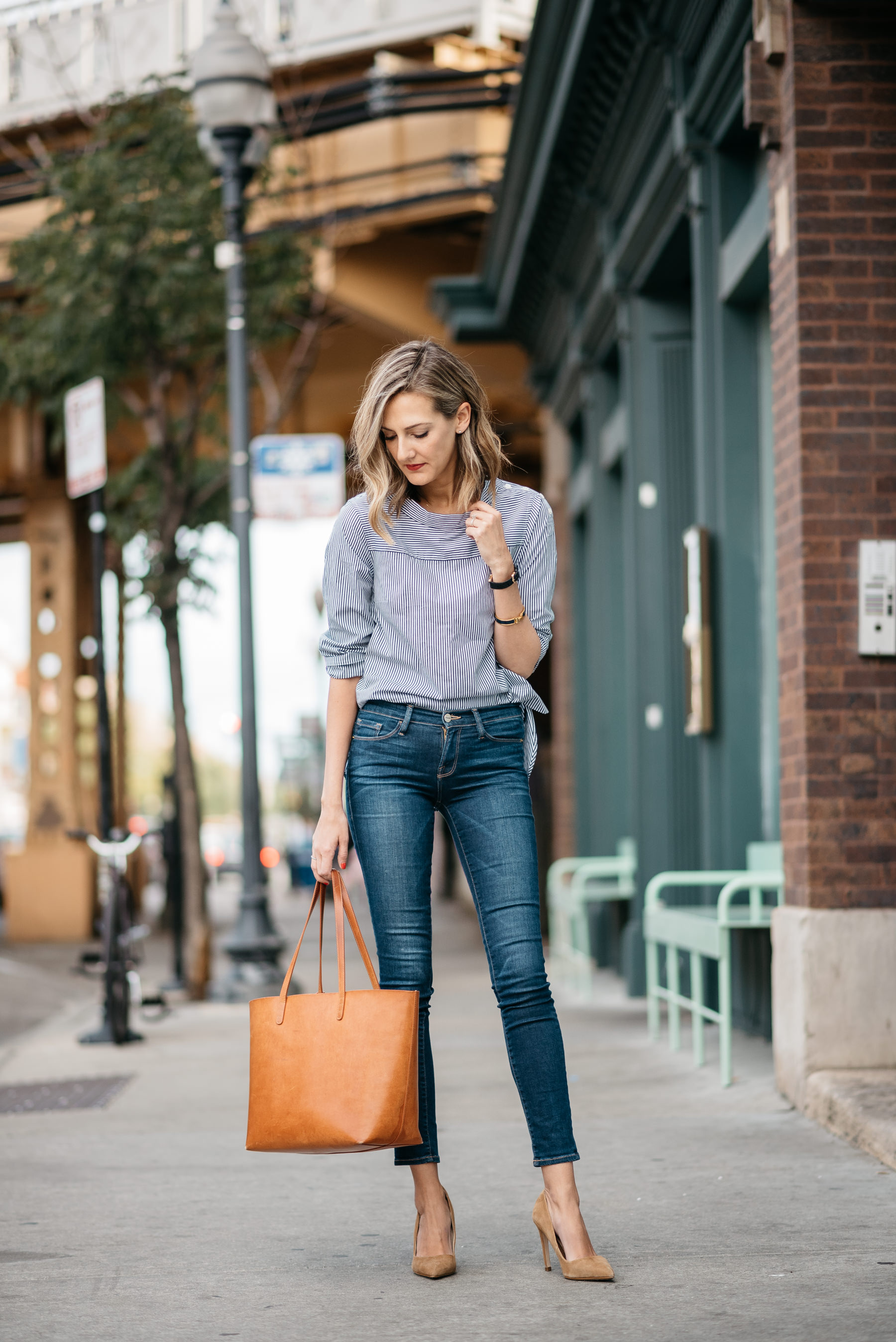 classic shirt and jeans fall style