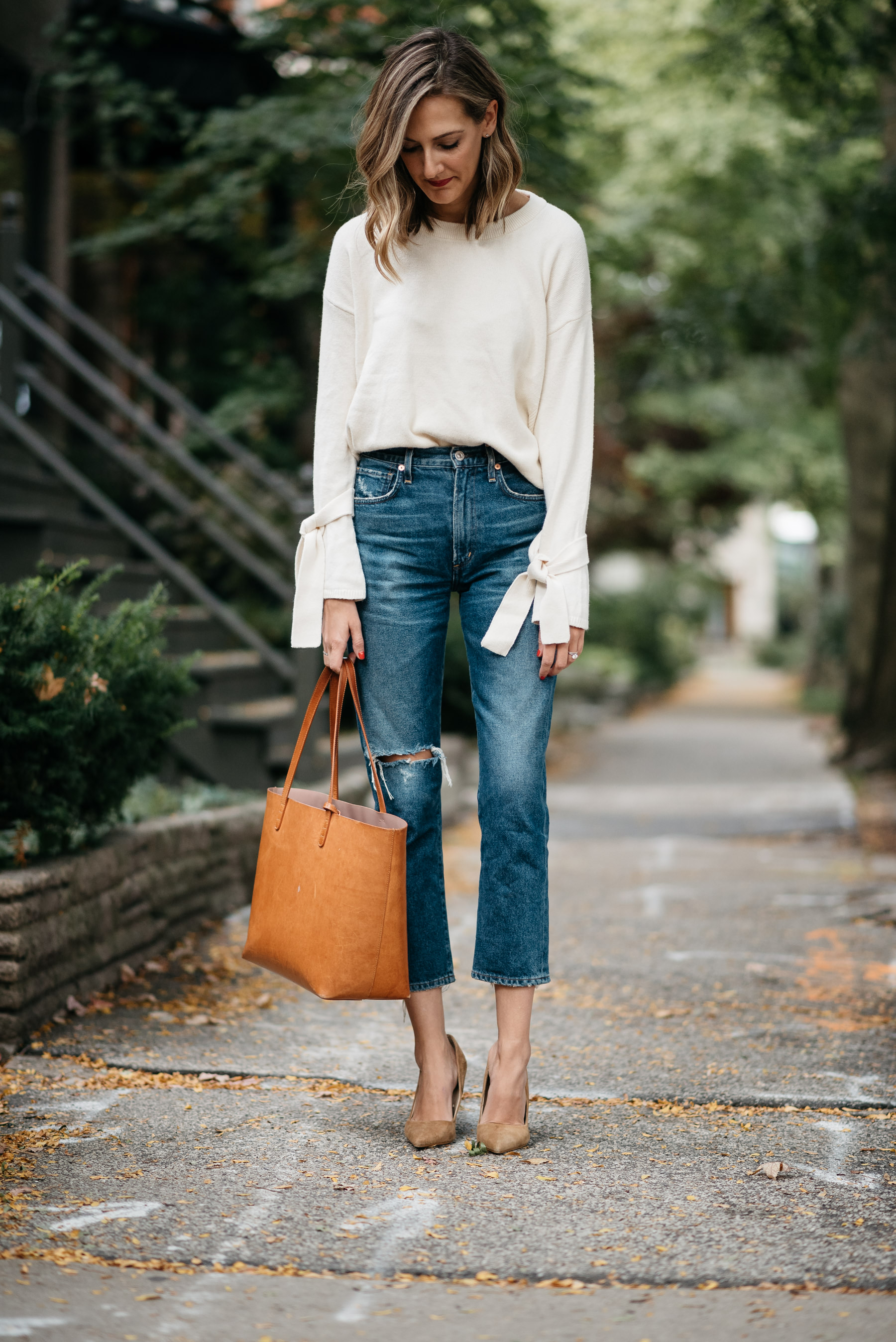 madewell tie sleeve sweater fall outfit