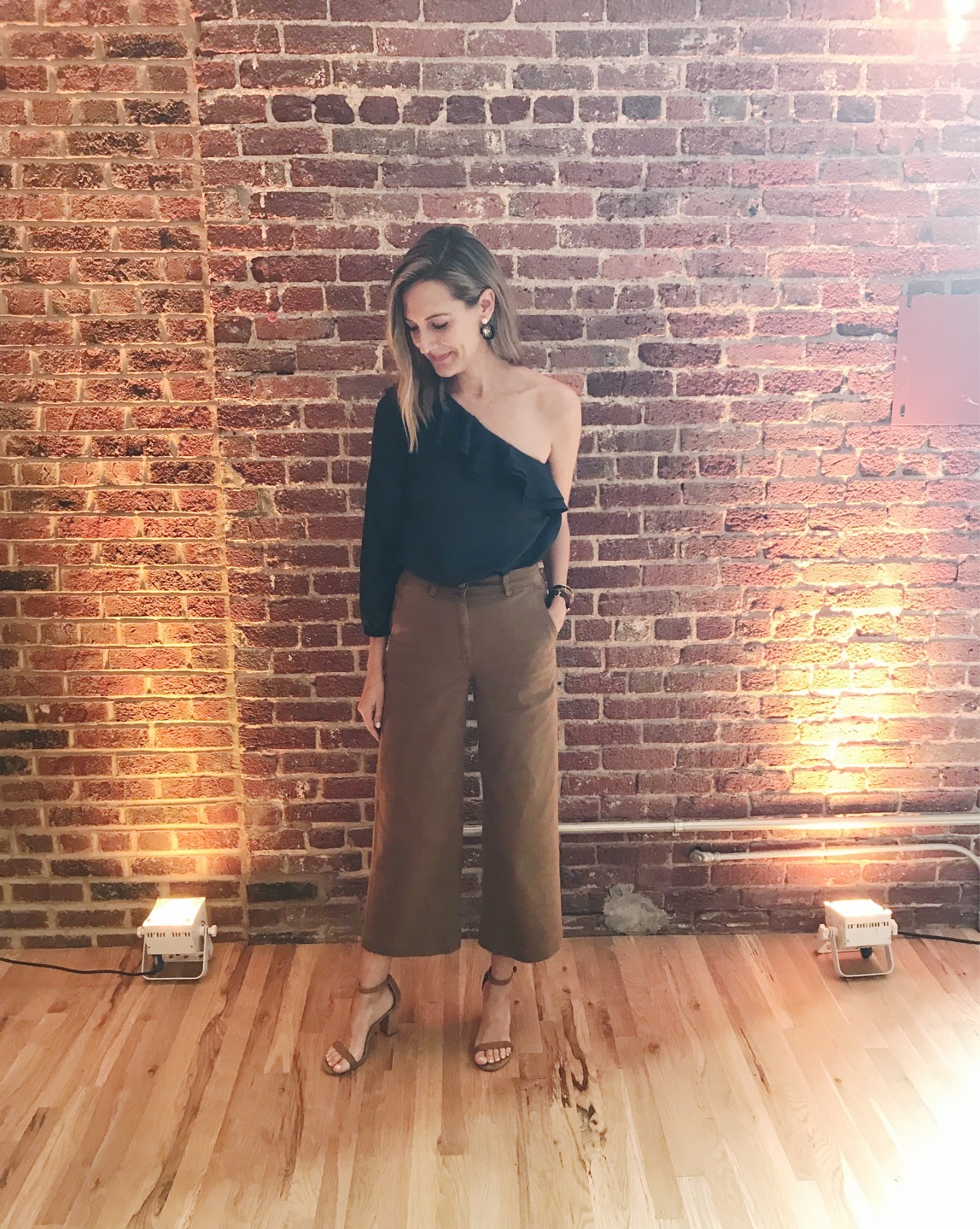everlane wide leg crop j crew one shoulder