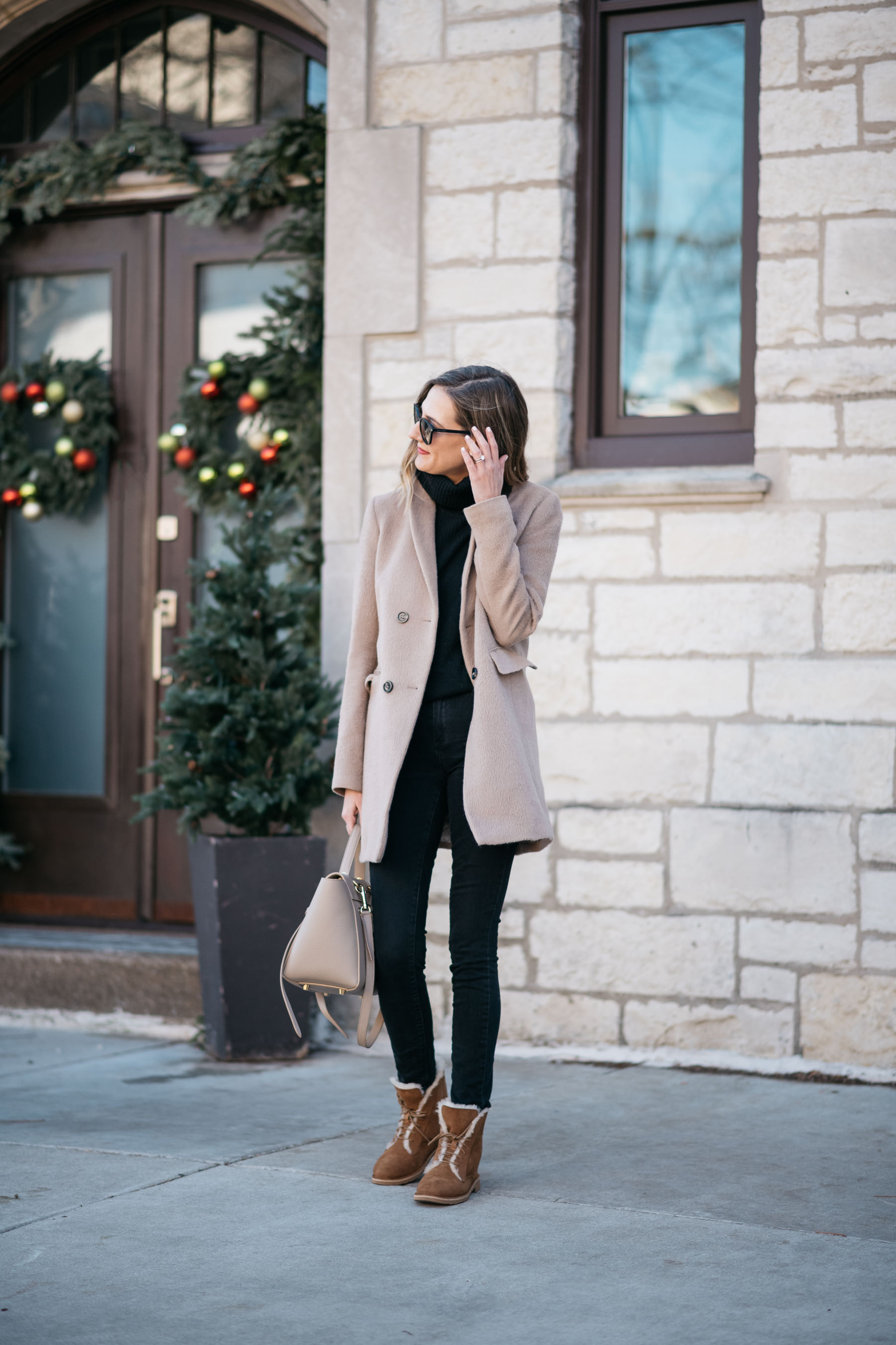 How To Style Ugg Boots For Everyday With Jeans Winter Fall
