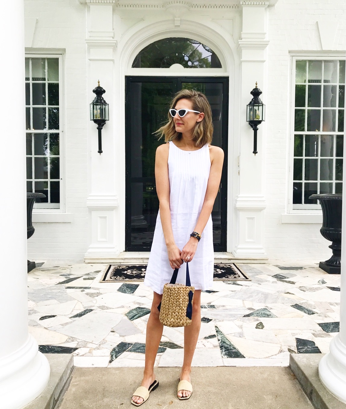 spring summer look all white straw bag
