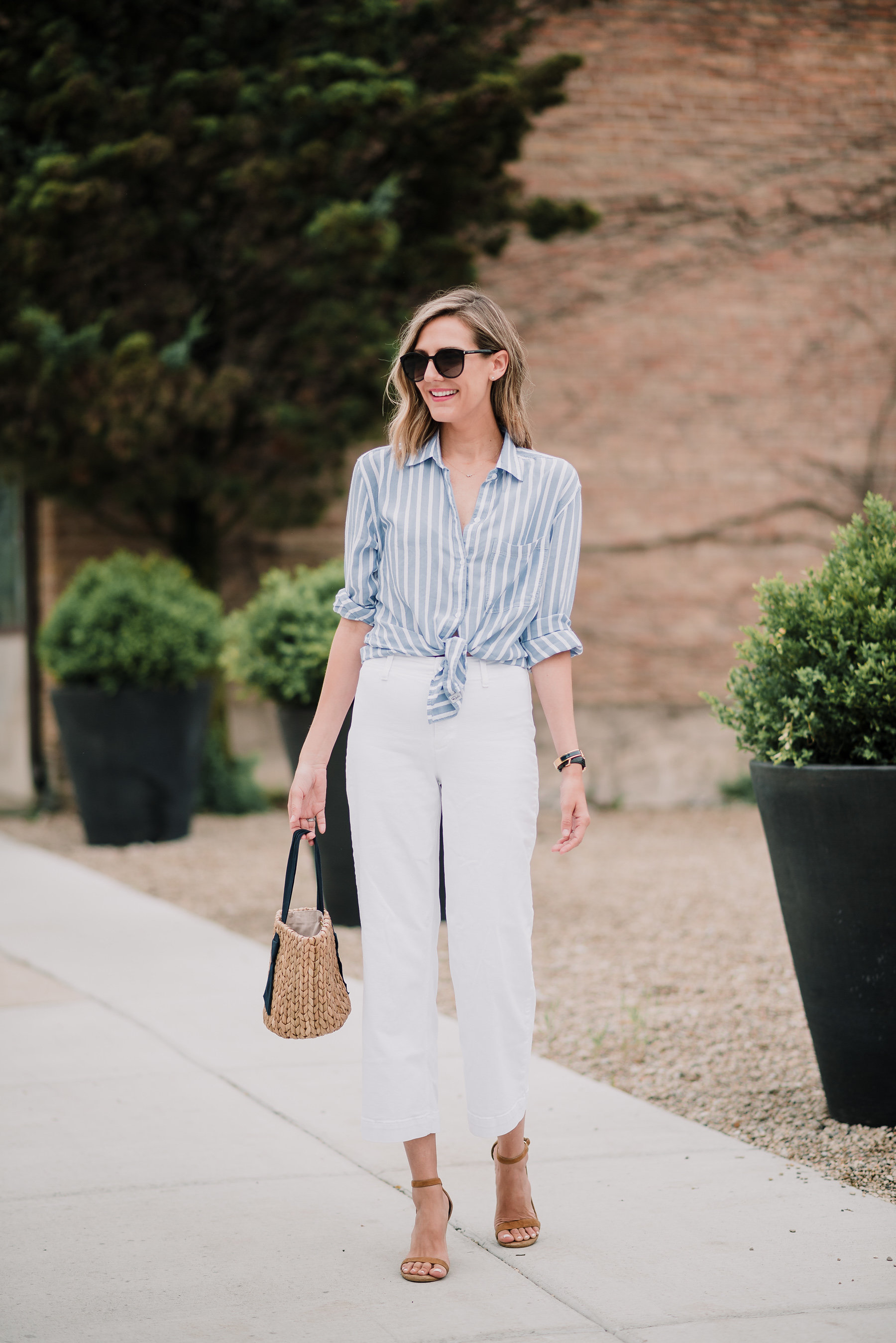 classic stripes white jeans