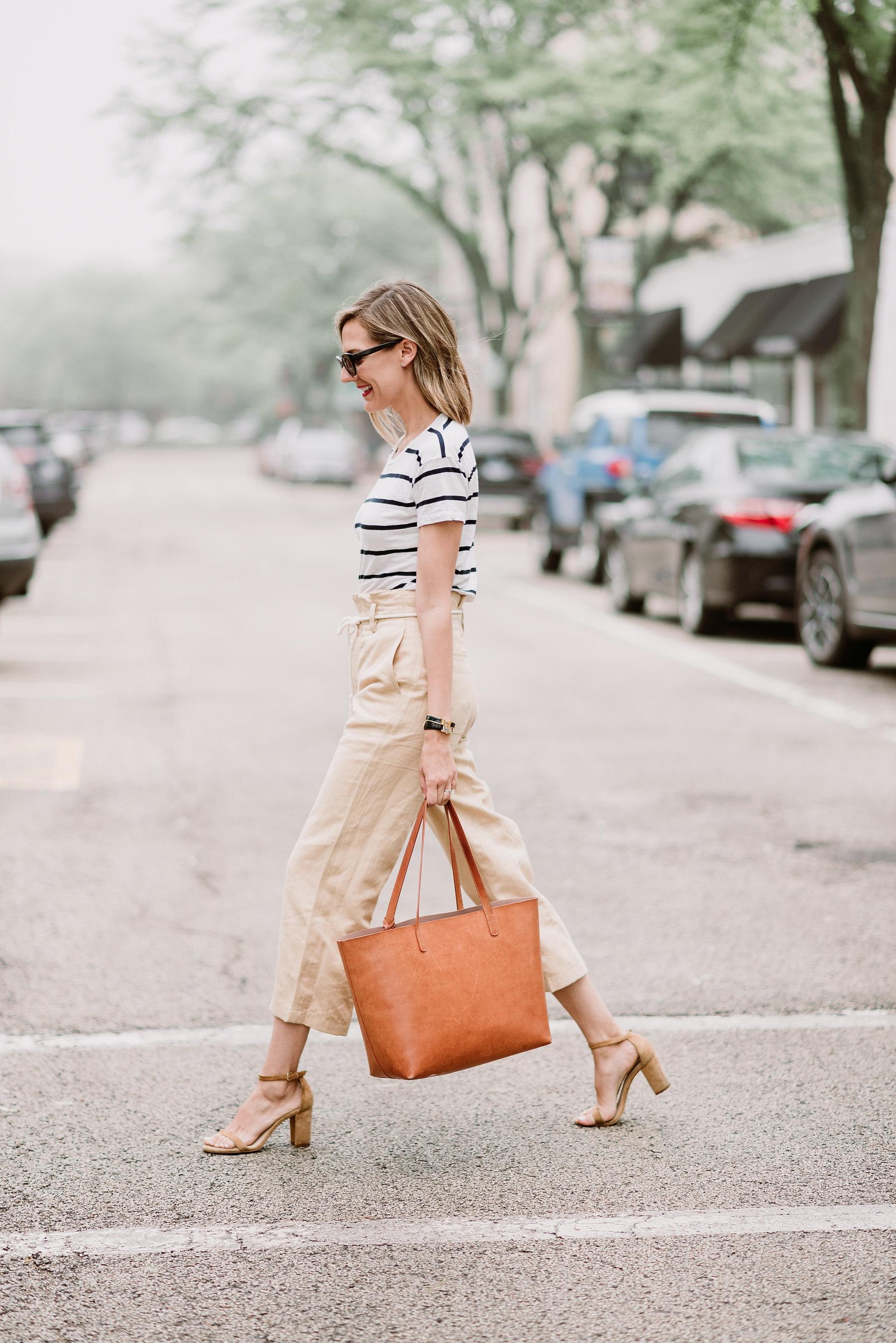 linen pants stripe tee classic style