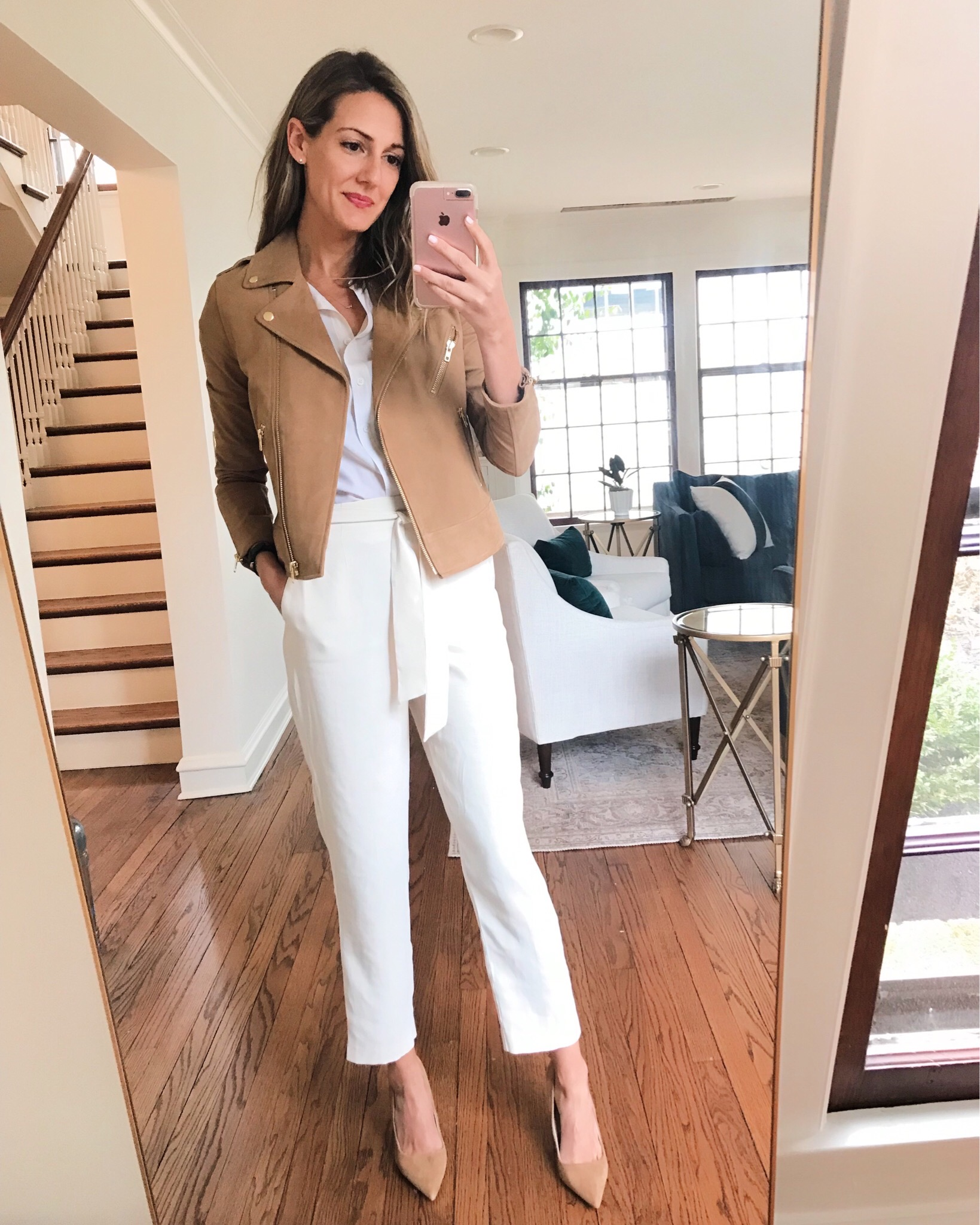 how to wear white pants to the office and casually