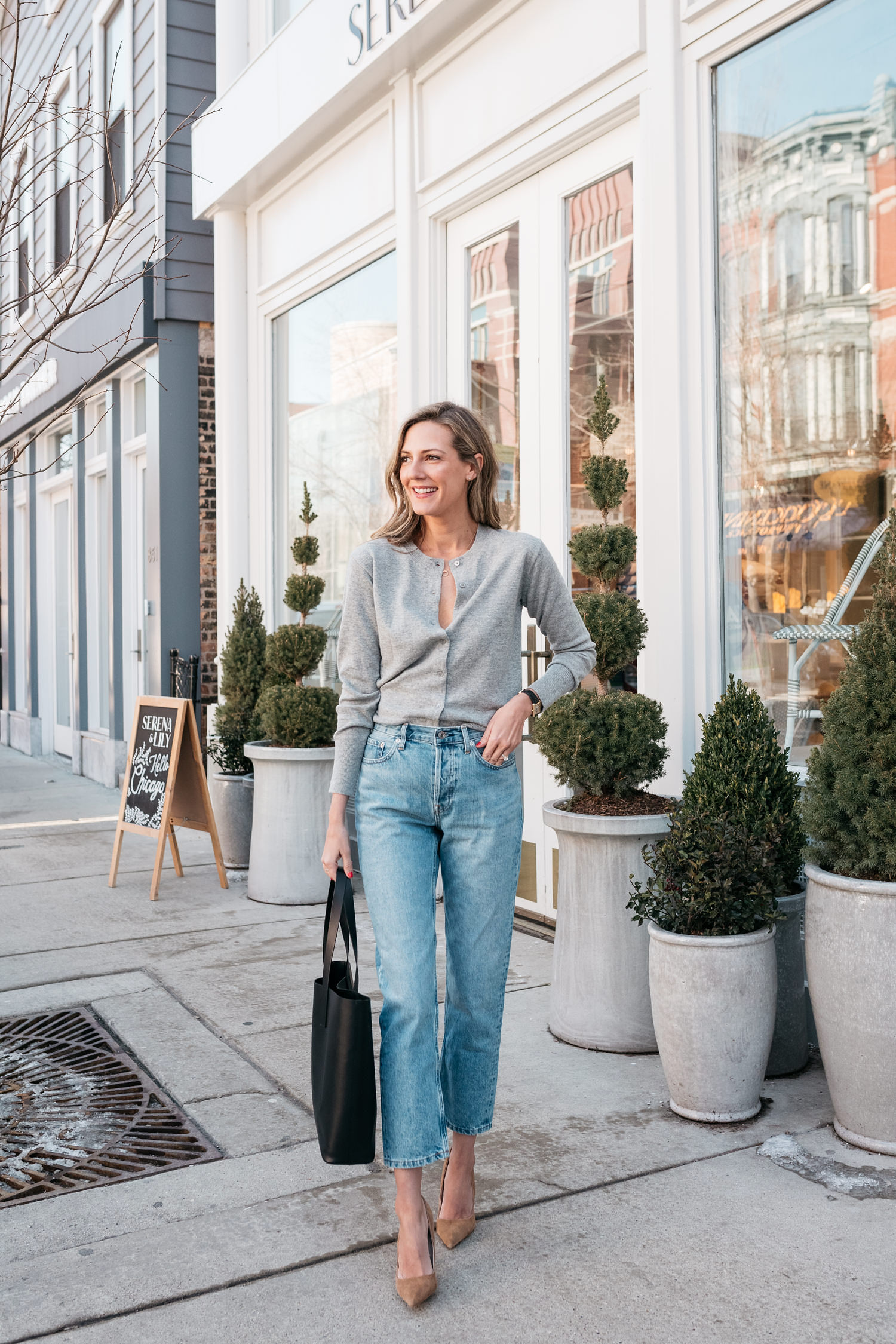 everlane cashmere cardigan with jeans
