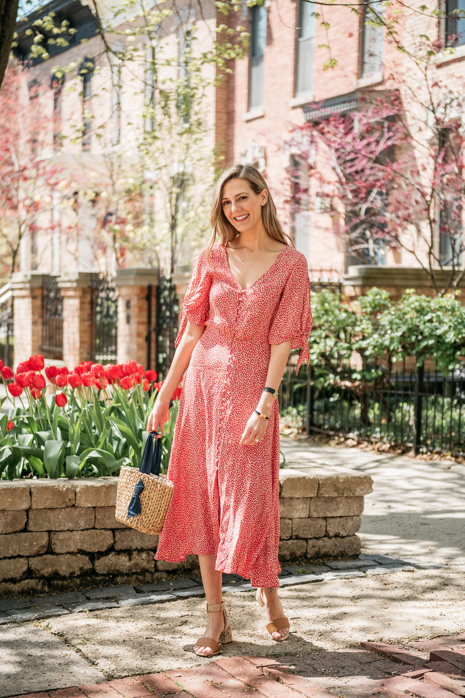 working mom style feminine dress mother's day
