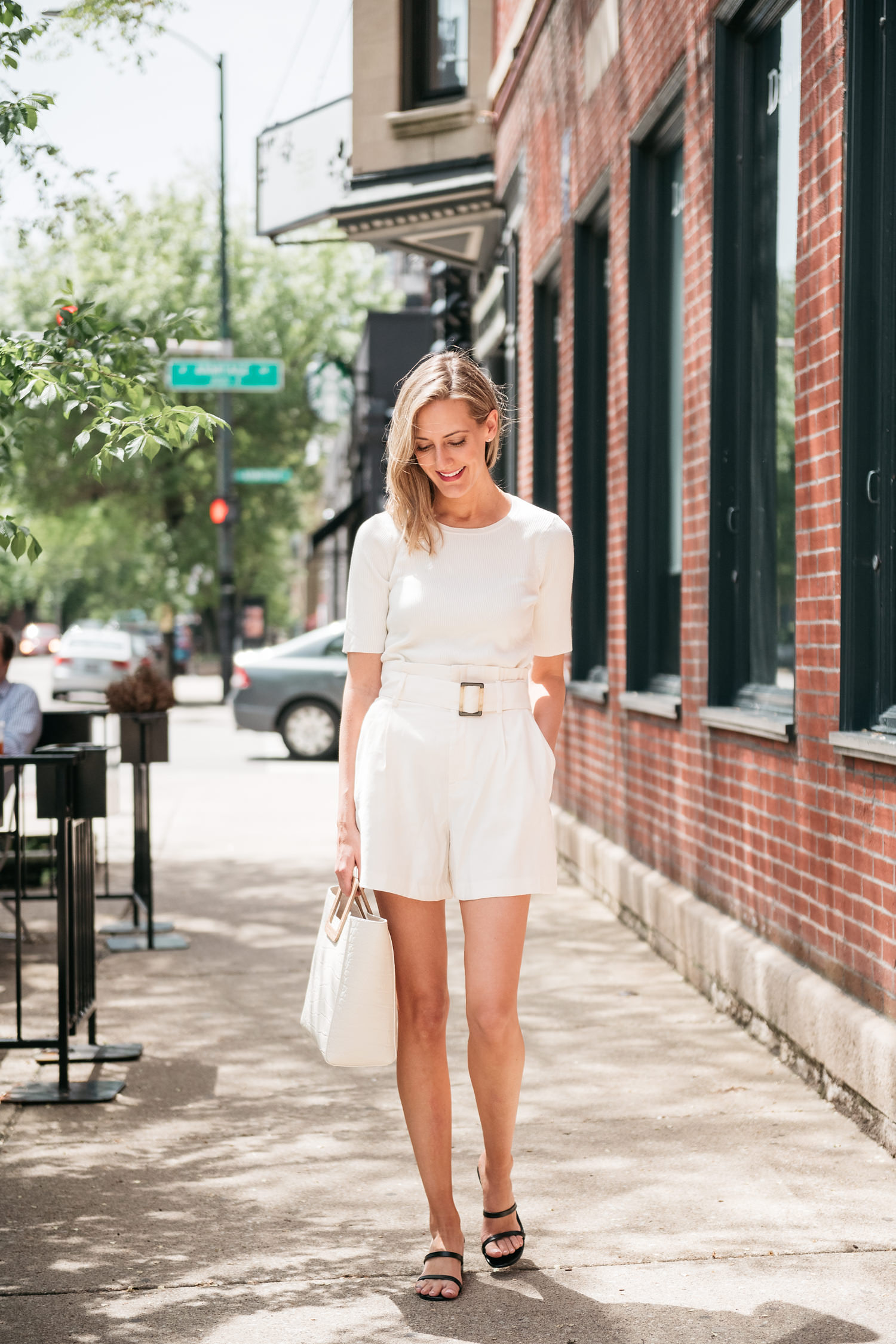 all white outfit monochromatic chich look  see anna jane