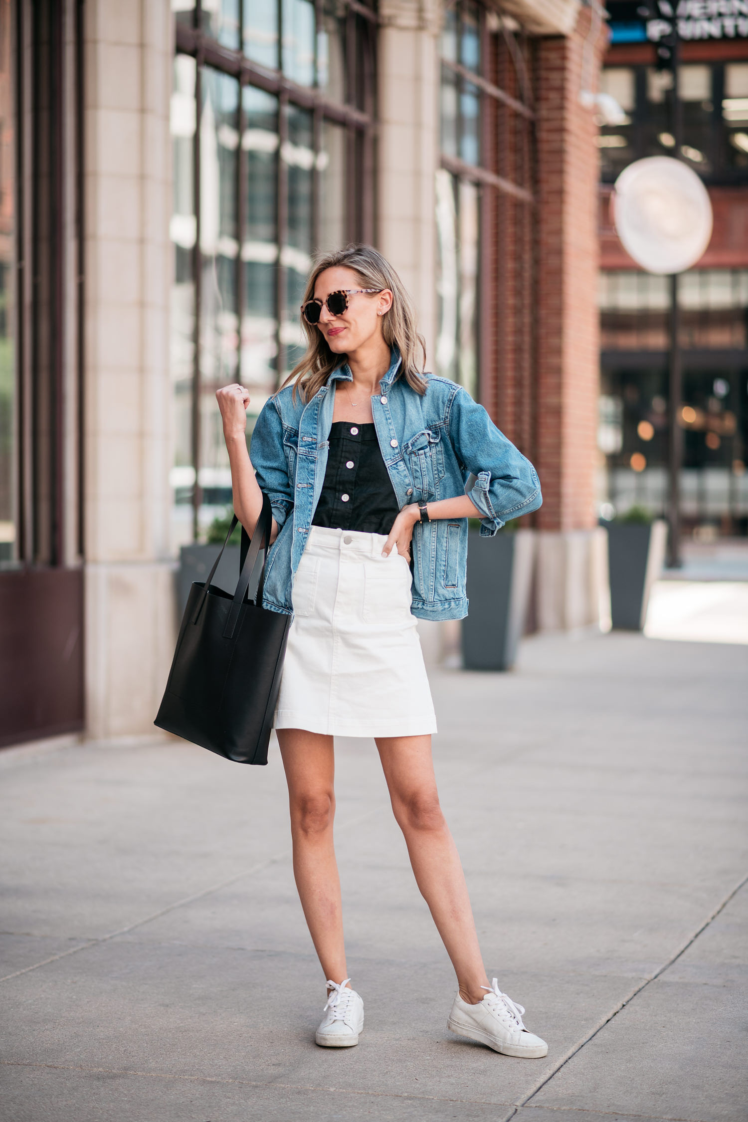 everlane perfect white skirt patch pocket