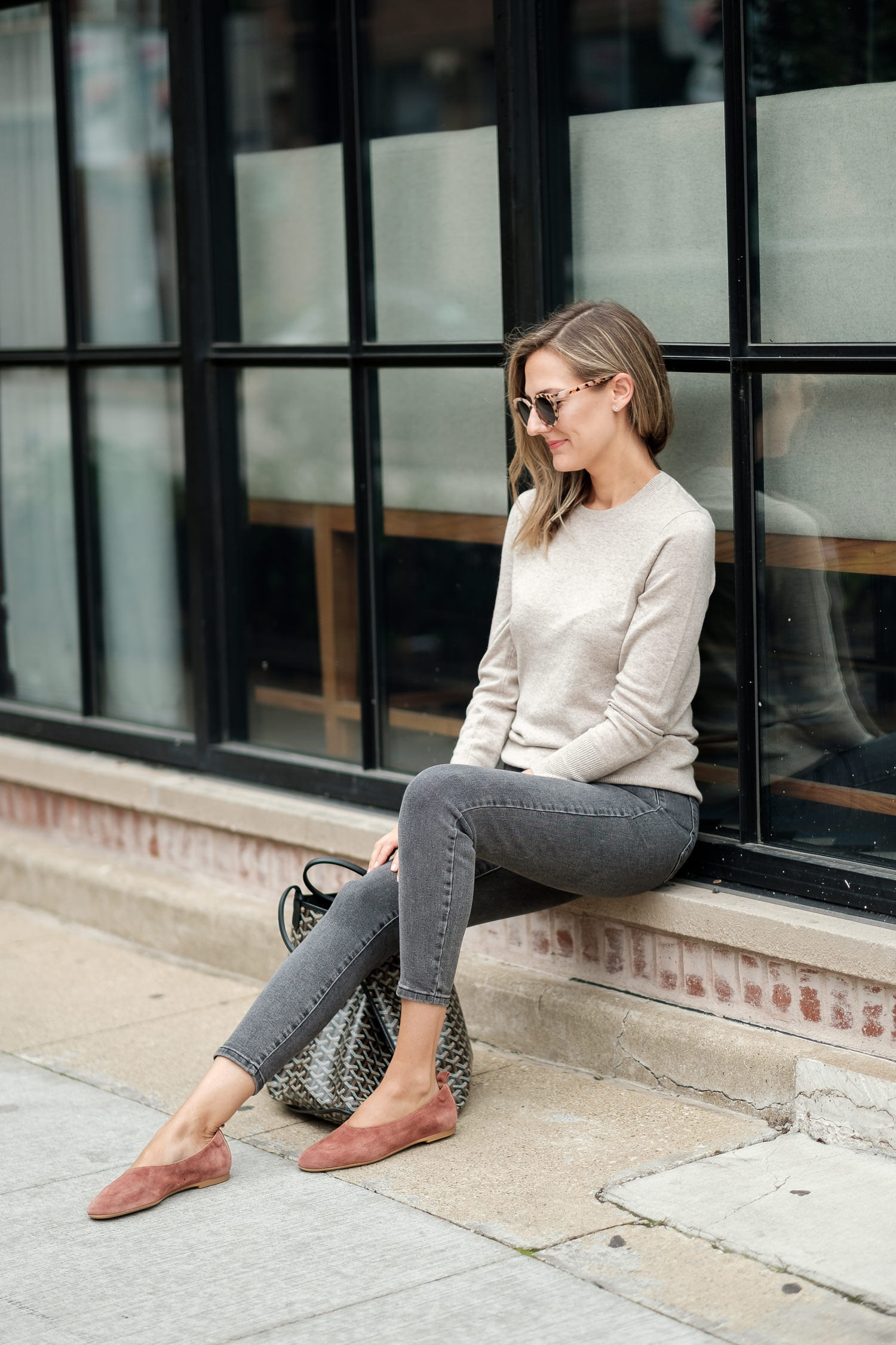 easy mom style neutrals