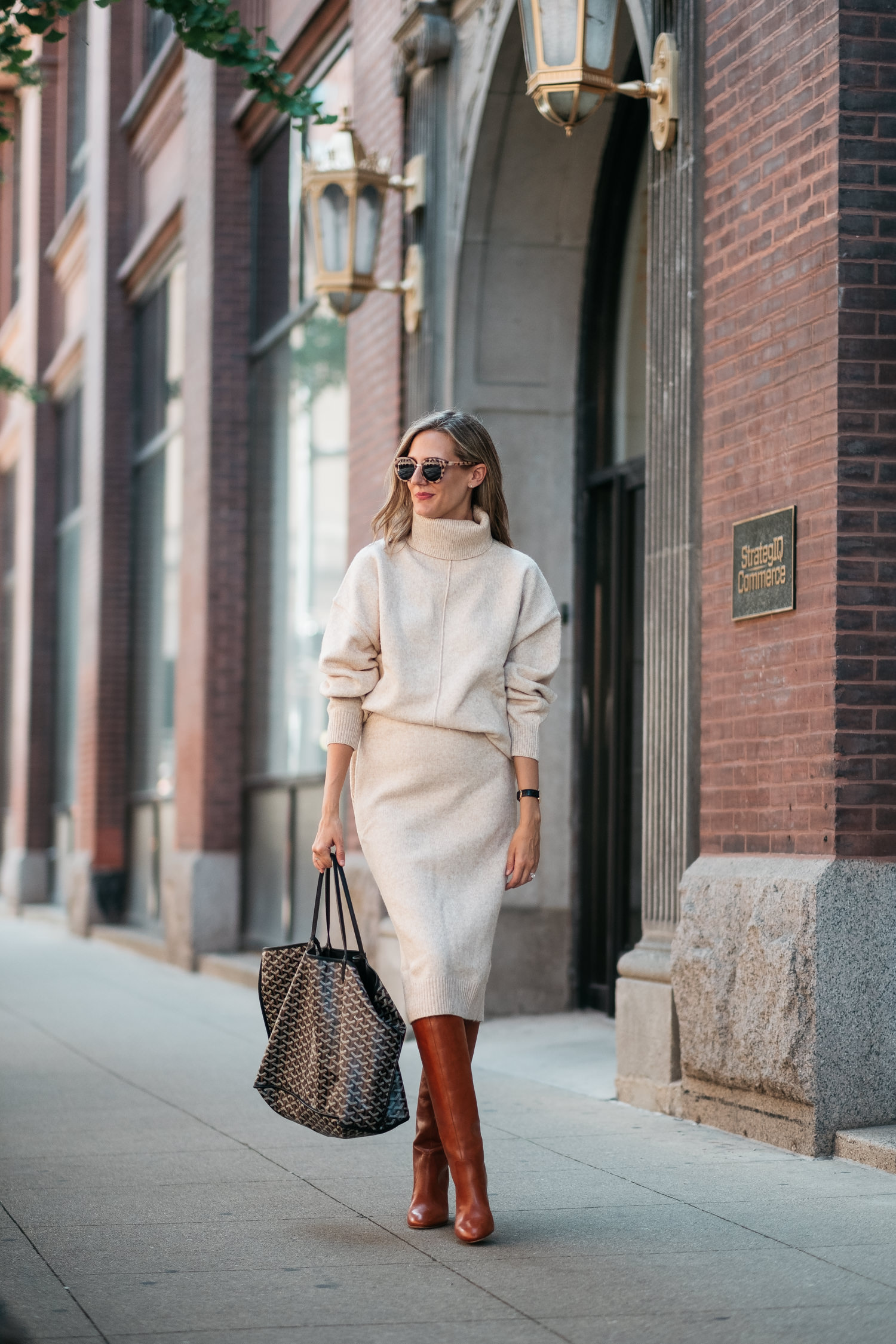 sweater and sweater skirt with boots