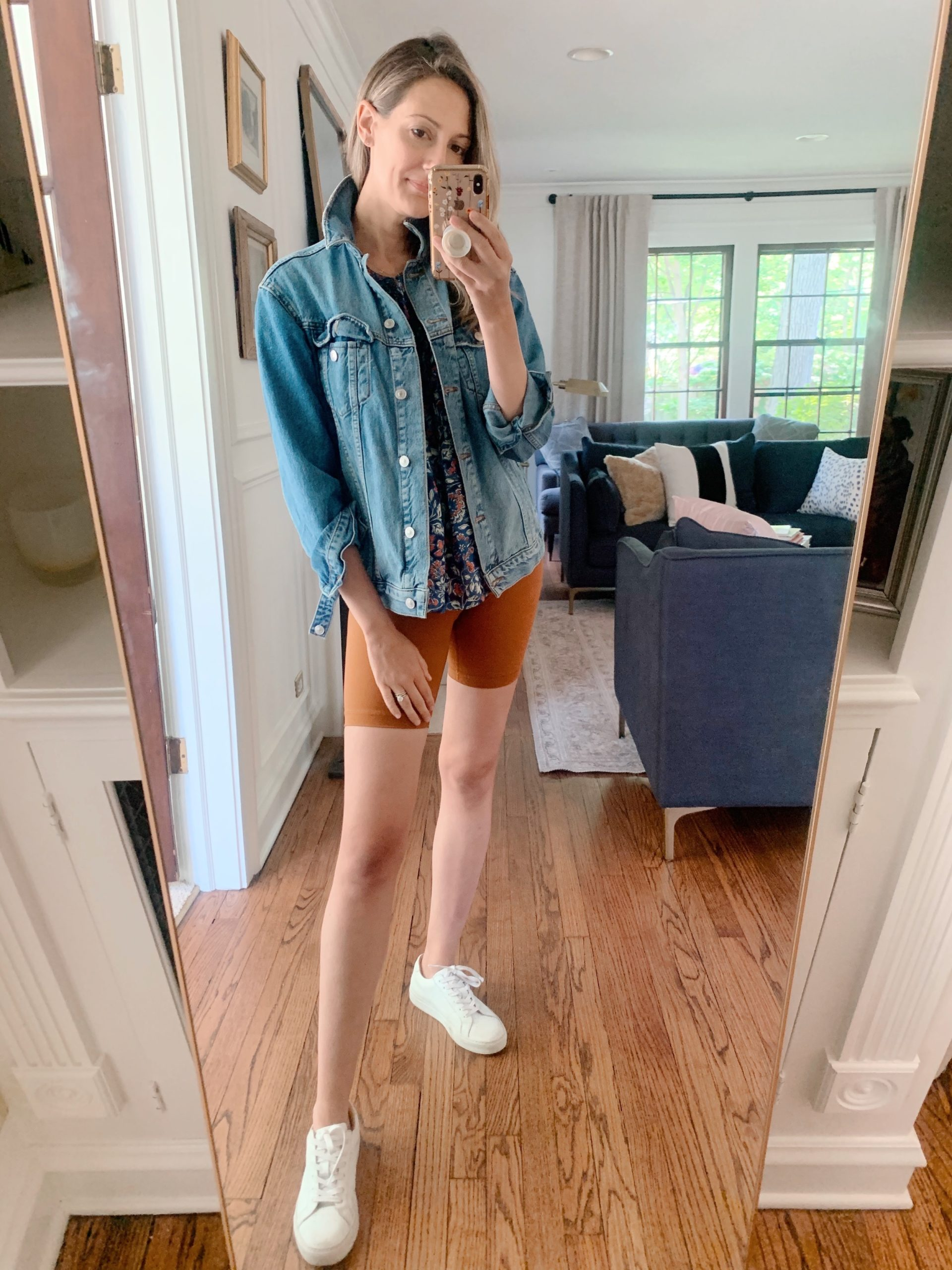 how to wear denim jacket